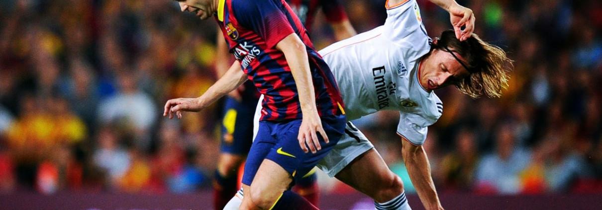 iniesta-vs-modric-barcelona-vs-real-madrid